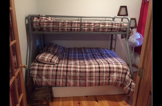 3 person bunk bed in 3rd guest room